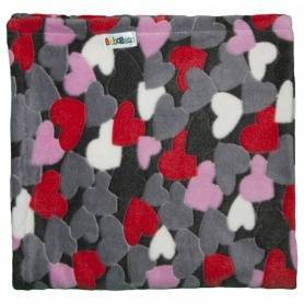 Baby stroller blanket with jacquard hearts by Bababean